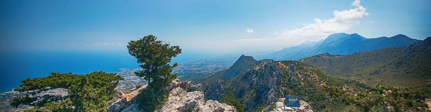 st hilarion tourists view kyrenia history